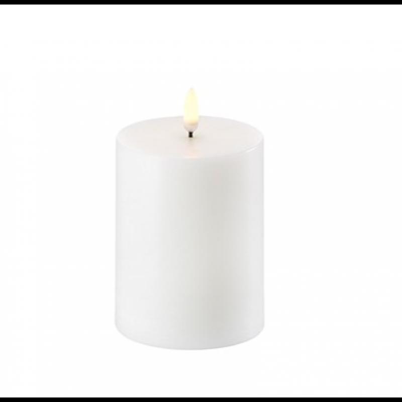 Pillar Candle 7,8 x 10,1 cm