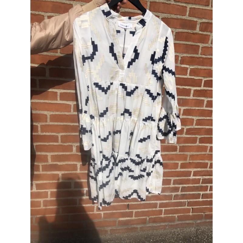 Kori Dress White/white-Blue