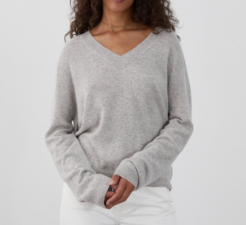 Womens Boxy V Neck / People's Republic Of Cashmere